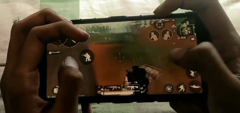 5-finger-control-in-PUBG-mobile